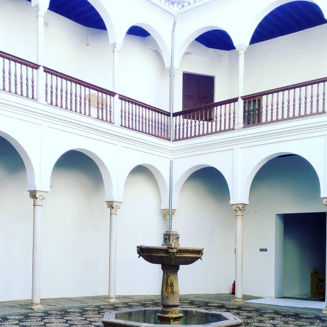 La casa de castril el museo encantado de hernando de zafra - Casas rurales baratas en castril ...